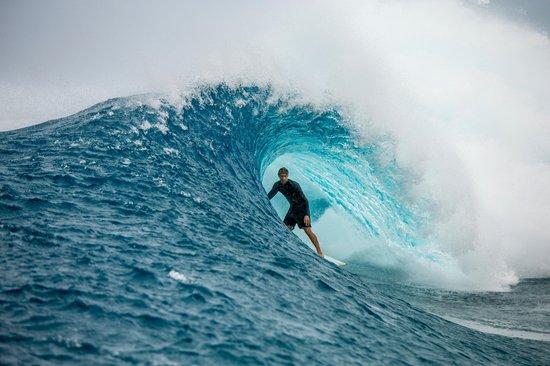 ian_walsh_surf_videos